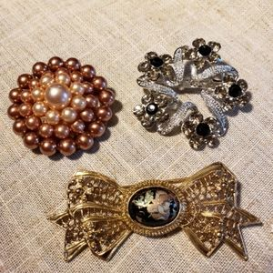 🎄Clearance🎄Set of 3 brooches